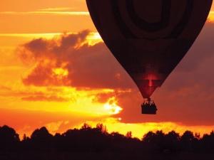 let balónem Cesky Krumlov